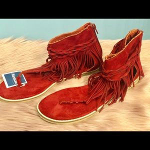 Red Womens fringes Sandals Sz 8